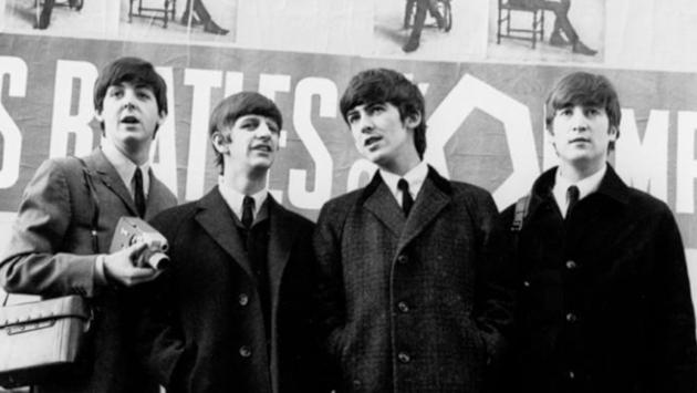Conoce los secretos que esconde la famosa foto de 'Abbey Road' de The Beatles