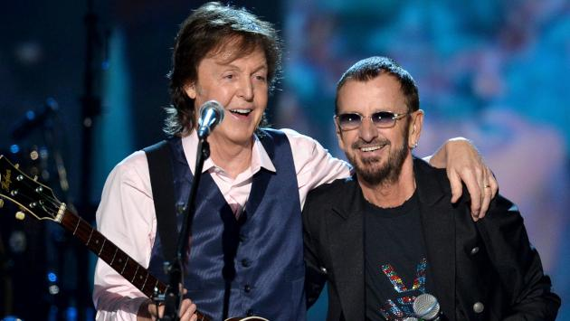 ¡Paul McCartney y Ringo Starr interpretaron 'Get back' en Londres! [VIDEO]