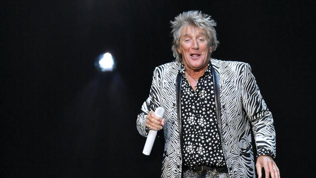 Rod Stewart habla sobre su álbum 'Blood Red Roses'