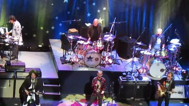 Ringo Starr y Phil Selway interpretaron un clásico de The Beatles [VIDEO]
